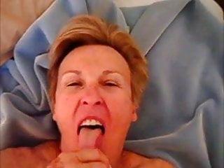 Granny sucing dick - Suce bien pour 80 ans