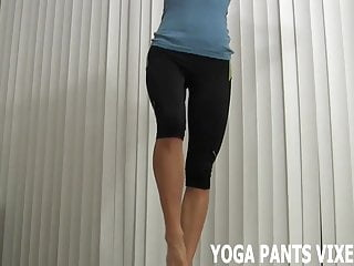 Also hot i look love sexy I know just how hot i look in these yoga pants joi