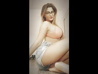 18 and nude video free Hot desi girl nude video