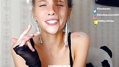 Hot Amateur  Demi Dee  37 Webcam Show