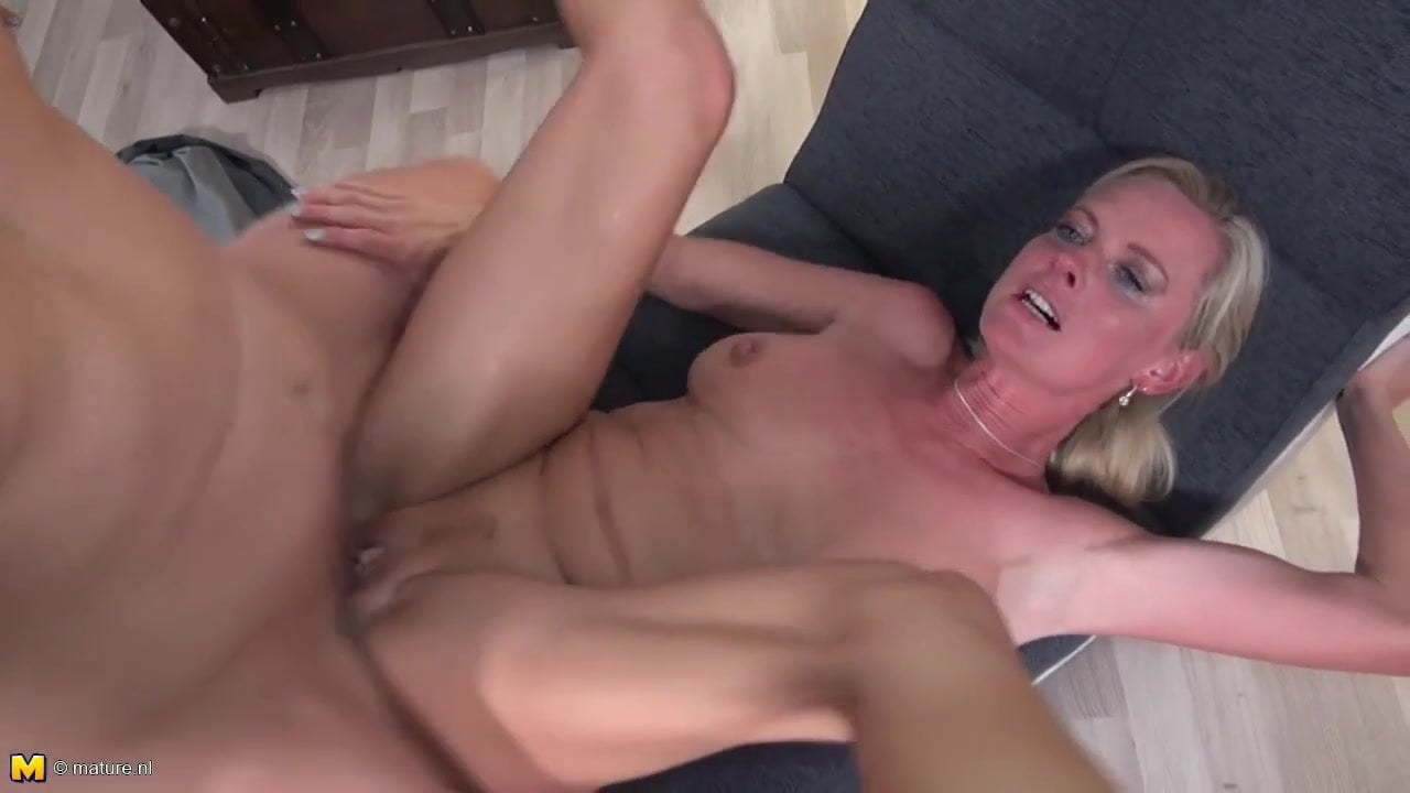 Nobodyeven Cam Porn sexy mature moms fuck young dirty sons