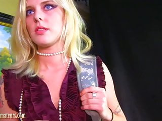 Gloryhole interview on video Hot amateur in casting interview eating ass and pussy