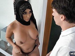 Arab xhamster Arab: 11,373