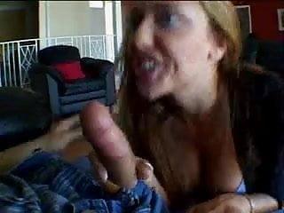 Deep penetration wet - Big ass girl deep penetration and deep throat on the floor