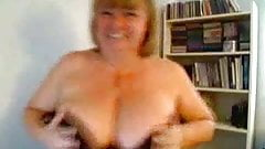 Nancy Playing with tits (3)