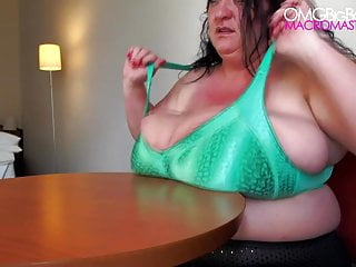 Huge boobs jiggling Sabrina meloni 2014 debut - giant boob jiggle