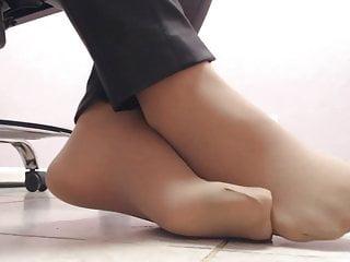 Sheer nude nail polish - Starlana - sheer nude pantyhose feet