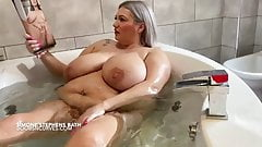 Simone Stephens huge tits and belly bath