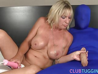 Adult video subject Busty mature jerking her subject