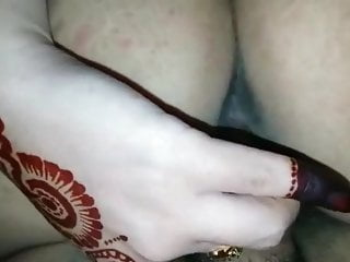 Hand sex on cam - Indian mehndi hand sex 1