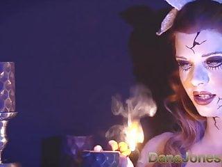 Xxx haunted house in ohio - Danejones creepy haunted redhead doll craves flesh inside