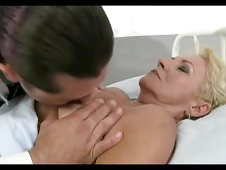 Checking doctor pussy - Doctor gives his patient a thorough check up