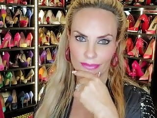 Coco austin nude pictures Coco austin fan tease 3