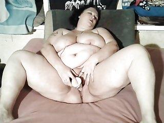 Fatty sex video - Fattie motisa dildo fuck