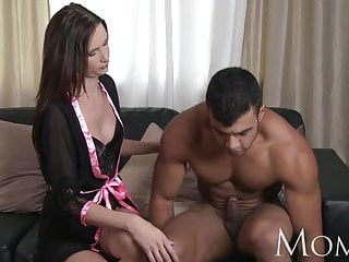 Breasts feel hot - Mom evelyn lopez wants to feel hot jizz all over her body