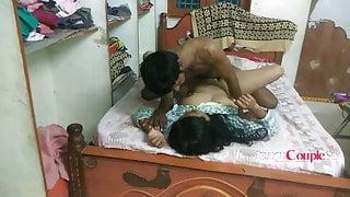 Hot Telugu Aunty Has Sex