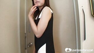 Nerdy Asian gets a stiffy inside of her