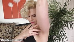 Quinn Helix Hot and Wet Fucking Machine