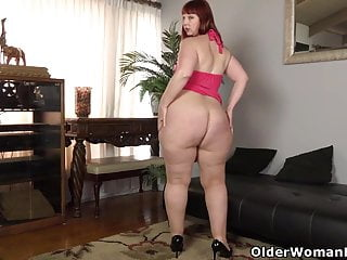 Usa adult directory Usa milf scarlett lets you enjoy her meaty saddle bag hips