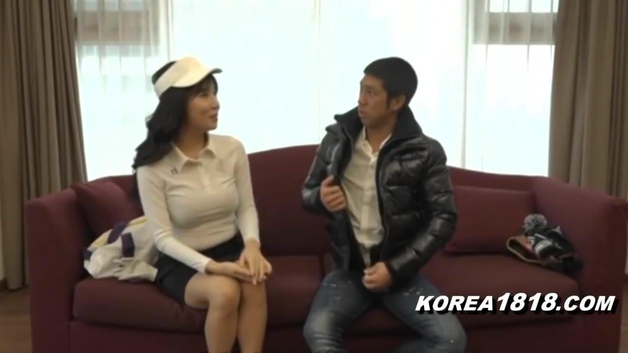Korean Porn MILF Seduced and sexy