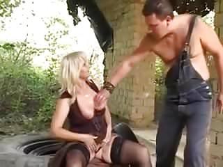 Granny suking black cock pis free Om pi 00 anal