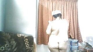 Mallu Bhabhi after Bath