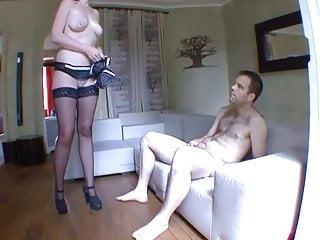 Discrete in pgh sex - Cougar a gros seins vient se faire baiser discretement