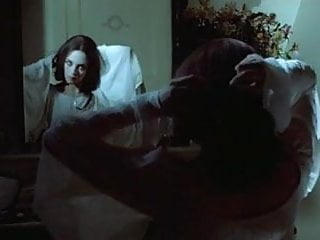 Virgin girl bbs Nosferatu vampire bites virgin girl