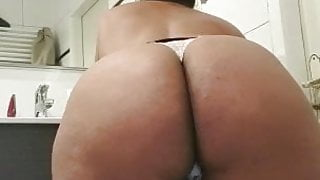THICC Moroccan girl(teaser 2)