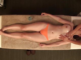 Massage hot erotic oil Oily massage