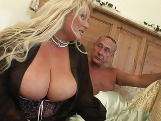 Sex hump porn horny huge boner - Horny bbw in her sexy underwear gets humped by older guy