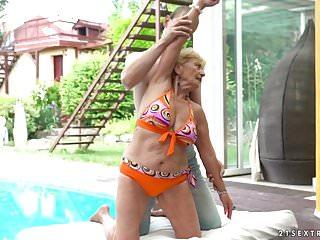 Pee pool video Granny fucks next to a pool