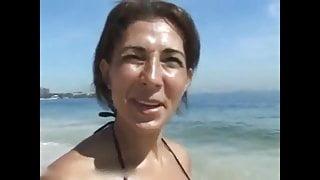 Sexy Brazilian MILF Has Vacation Sex