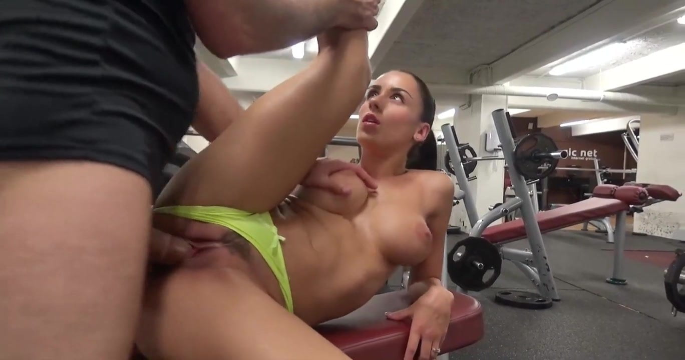 Olds Girls Porn Girnacio Gif jade laroche gets fucked in a gym
