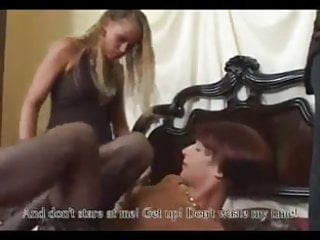 Shemale and a crossdresser - 2 strapon girls fuck a crossdresser