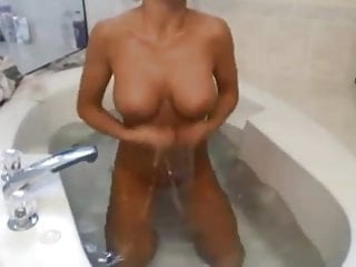 Booty karissa nude - Sexy karissa shower time