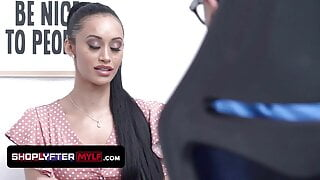 Gorgeous Milf Goddess Gia Vendetti Caught Shoplifting