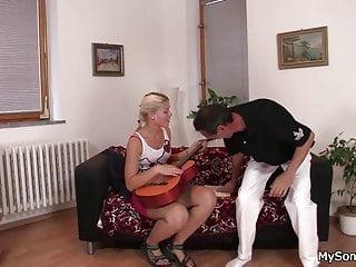 Granpa is a pornstar - Old granpa nails blonde girl