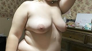 Horny mommy wants to be fucked!!!