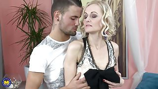 StepMoms go crazy about taboo home sex