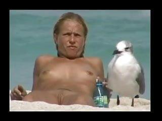 Mature flatchested cumshots - Voyeur troc spying flatchest beauty on beach