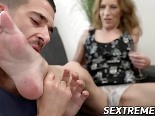 Gallery gay good looking model porn - Good looking granny feet licked and screwed by handsome stud
