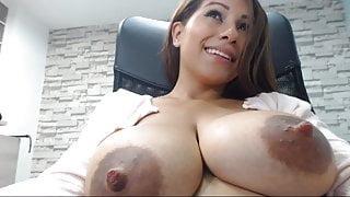 Busty Latina N sucks both her big brown nipples