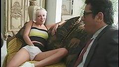 Młoda Layla uprawia anal