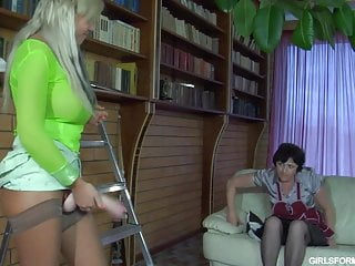 Russian daughter fuck - Daughter of the owners of the house fucked the housekeeper
