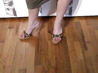 Cum into my shoe - Slave cums on my feet and in my shoes