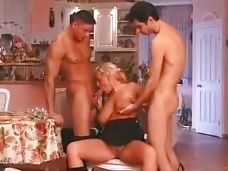 Bisexual threesomes movies - Bisexual threesomes 6