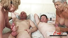 AgedLovE British Mature Group Sex and Toying