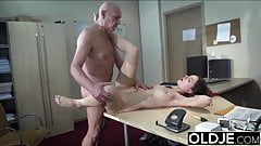 Teen open mouth cumshot and swallow after riding old man