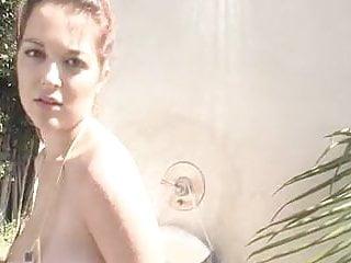Princess leia gold bikini outfit - Tessa fowler - gold bikini shower